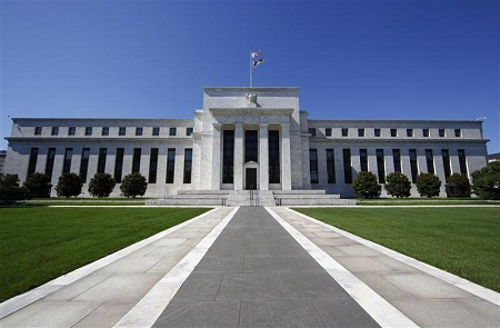 A Monetary Policy Primer, Part 10: Discretion, or a Rule?